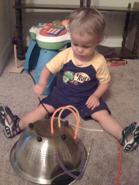 pinterest-pipe-cleaners-toddler-entertainment