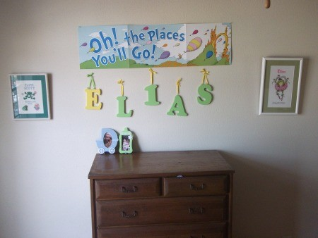 decorating a toddler room on a budget