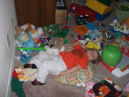 i need to clean my sons room more