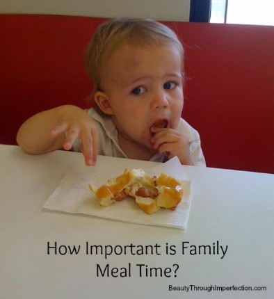 family-meal-times1
