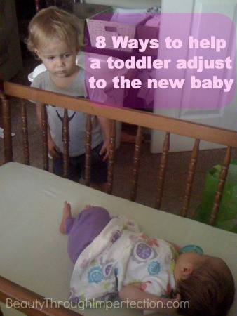 8-ways-to-help-a-toddler-adjust-to-the-new-baby