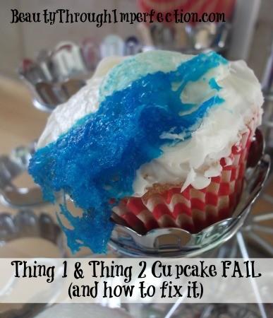 Thing 1 & thing 2 cupcakes