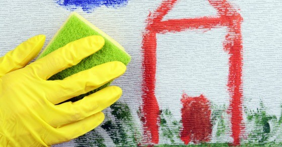 5 Tips to Help You Clean the House With Kids at Home
