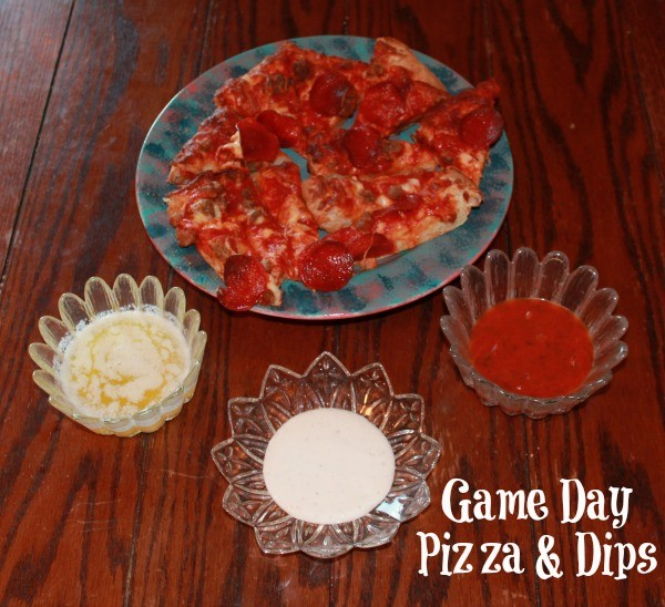 Game day pizza and dips