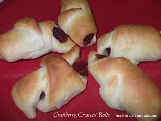 cranberry crescent rolls