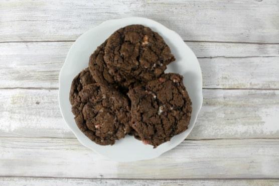 plate-of-christmas-cookies