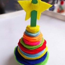 stacking-tree-made-from-felt