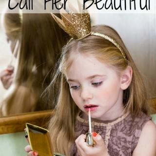 Little Princess tints lips with lip gloss