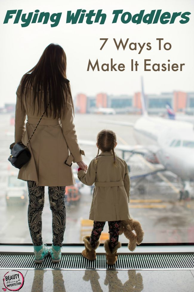 How to make traveling with toddlers a LOT easier! Great tips to help keep you sane!