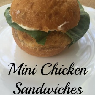 mini chicken sandwich