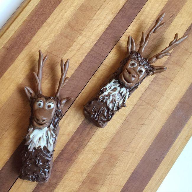 reindeer granola bars