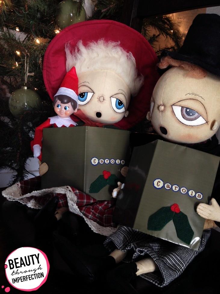 caroling elf on the shelf
