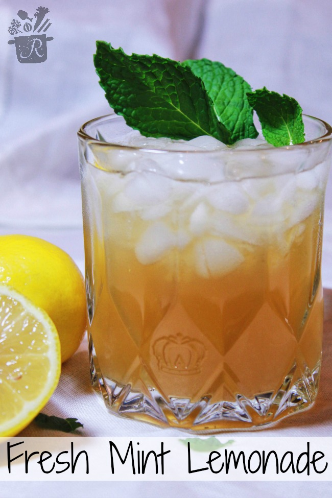 fresh minty lemonade