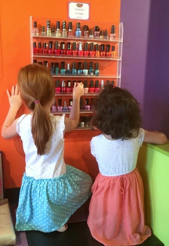 choosing a nail polish color