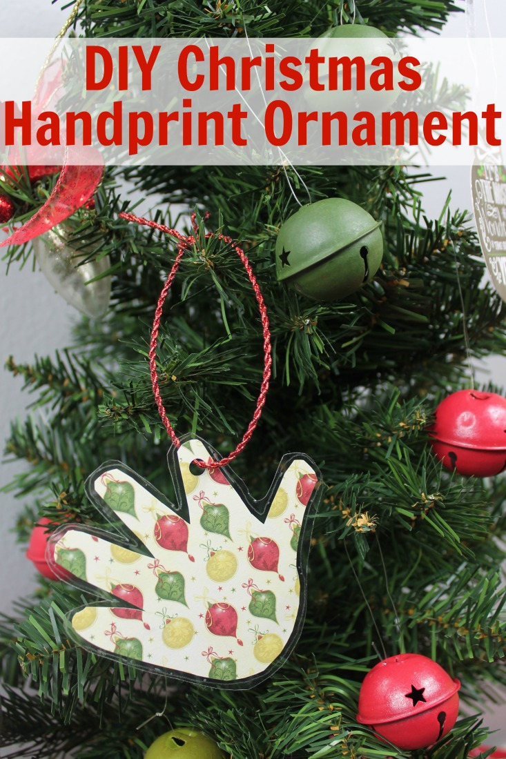 christmas-handprint-ornament-diy