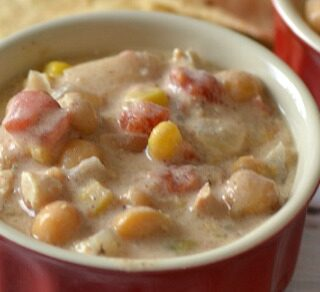 Easy Slow Cooker Dinner Creamy Chicken Chili
