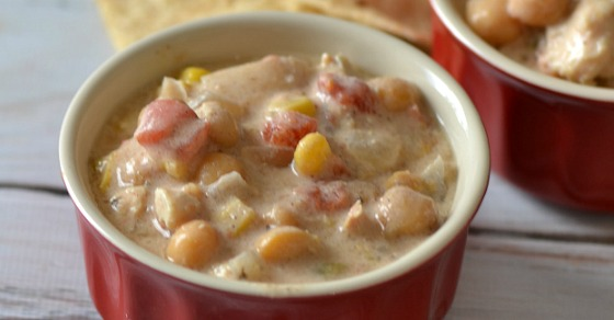 Easy Crock Pot Dinner Creamy Chicken Chili is an easy crockpot meal that will satisfy your whole family. This yummy slow cooker chicken dump recipe.