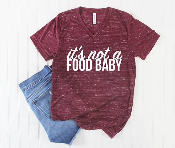 """50ba67dd95a02 If you want to announce your pregnancy with a little bit of snark this  """"it's not a food baby"""" shirt is the PERFECT way to do it!"""